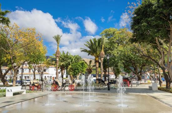 Top 10 places in Malaga | Coach Charter | Bus rental